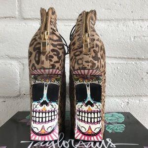 Taylor Says Shoes - NIB NWT Taylor Says Calavera Heel-Less Wedge Skull